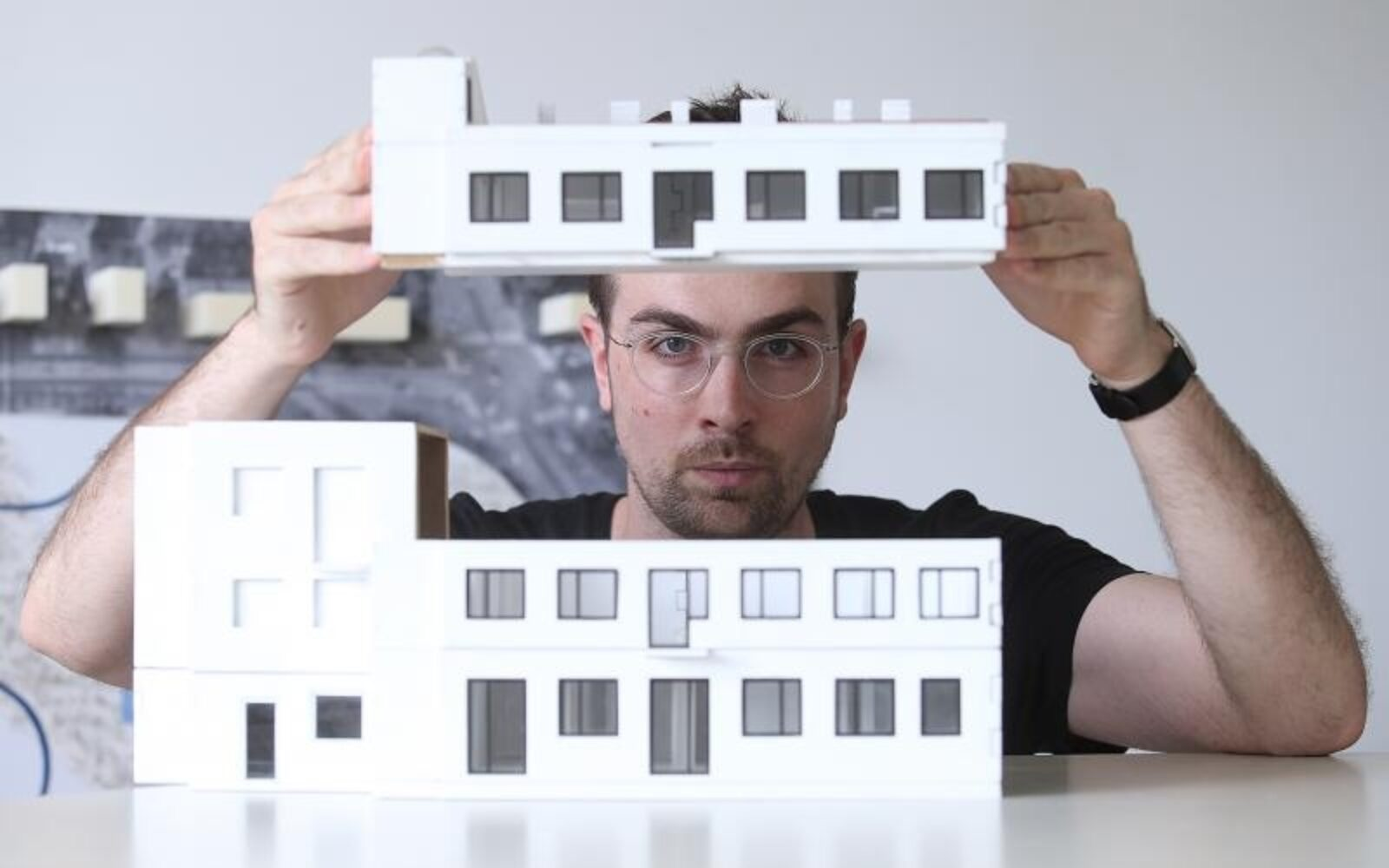 Radio Je Kod Jednog Od Najvecih Arhitekta Danasnjice Ali Vratio