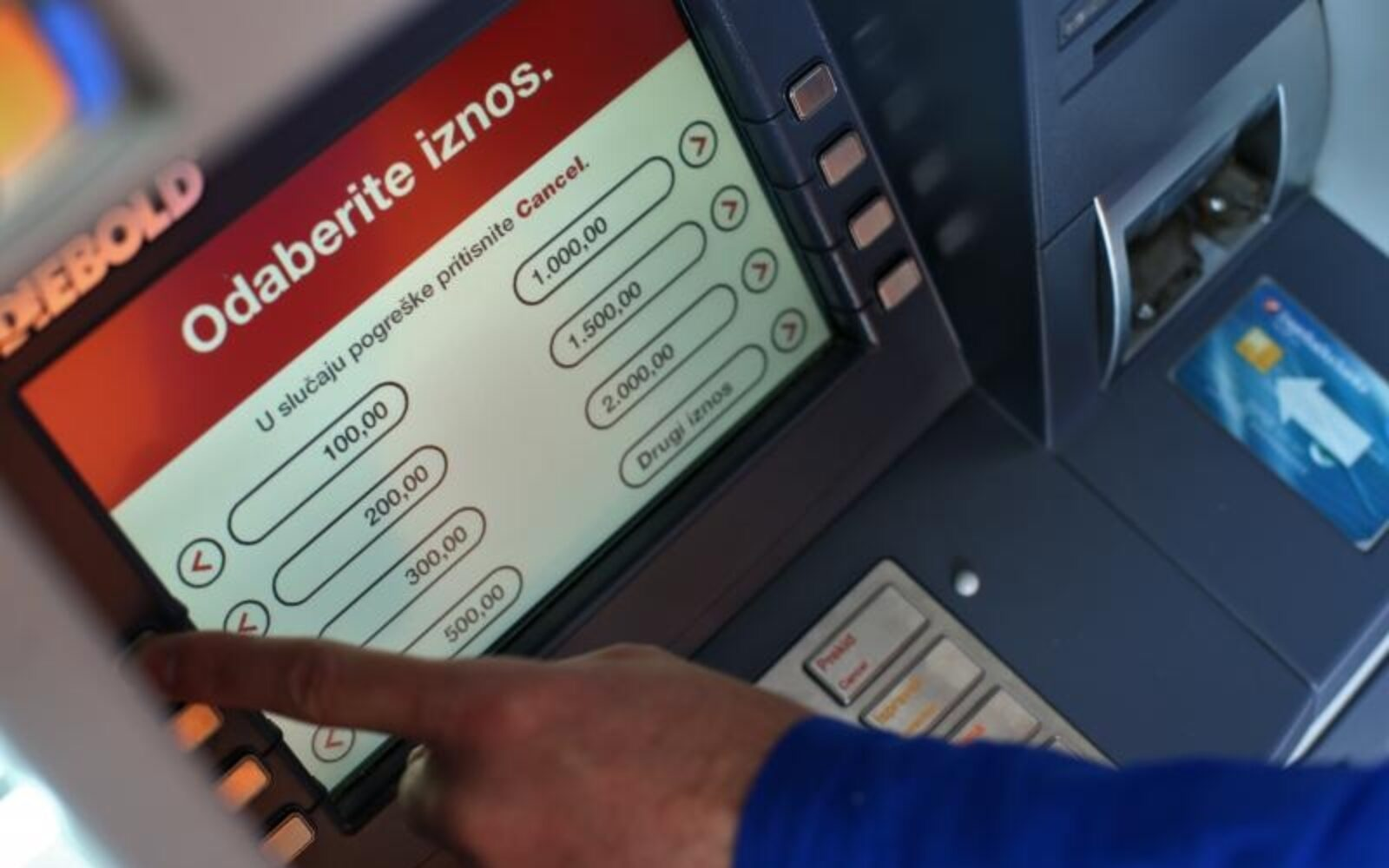 Zagrebačka banka prva uvela kredite bez potrebe odlaska u banku - Poslovni  dnevnik