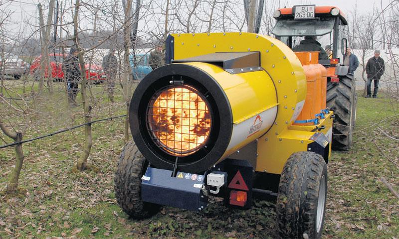 Lovac mraza koji upravo zadaje velike štete voćarima proizvodi tvrtka Hittner/Damir Špehar/PIXSELL