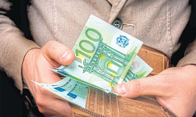 Tužbeni zahtjevi prema NLB-u dosežu 172,2 mil. eura, no kamate su već premašile iznos glavnice/FOTOL