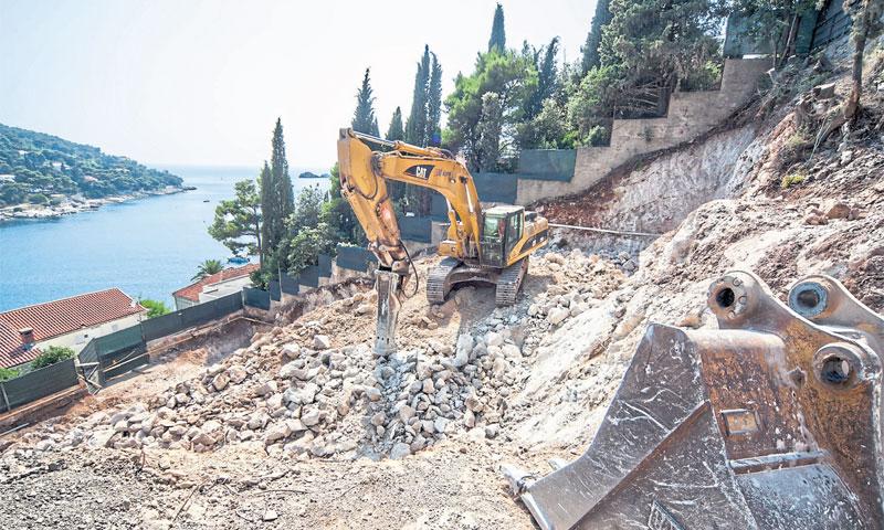 Za gradnju novih turističkih objekata često nedostaje novca/Grgo Jelavić/PIXSELL