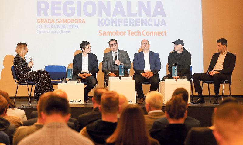 Na panel diskusiji sudjelovali su Davorin Štetner, Mario Turalija, Julije Domac, Ante Magzan i Rados