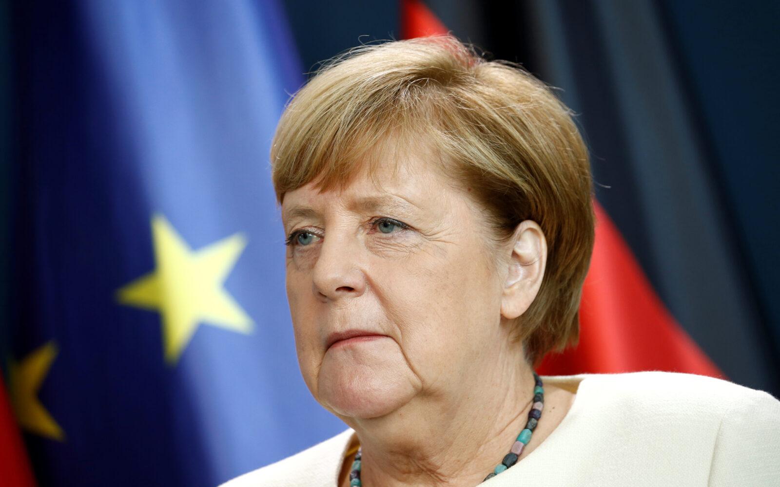 Angela Merkel: Sramota je i ispunjava me sramom kada vidim ovo u Njemačkoj  - Poslovni dnevnik