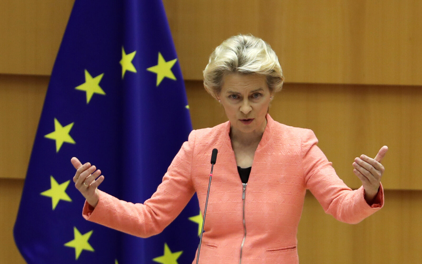 https://www.poslovni.hr/wp-content/uploads/2020/09/2020-09-16T102959Z_219879477_RC2JZI9TDAT4_RTRMADP_3_EU-COMMISSION-1600x1000.jpg