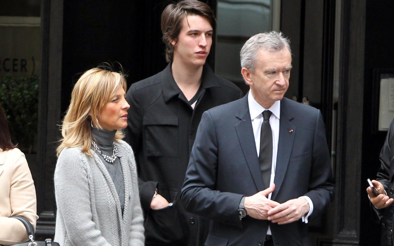 NAJBOGATIJI FRANCUZ! Procjena magazina Forbes: Šef Louis Vuittona postao bogatiji za osam milijardi dolara u sedam dana