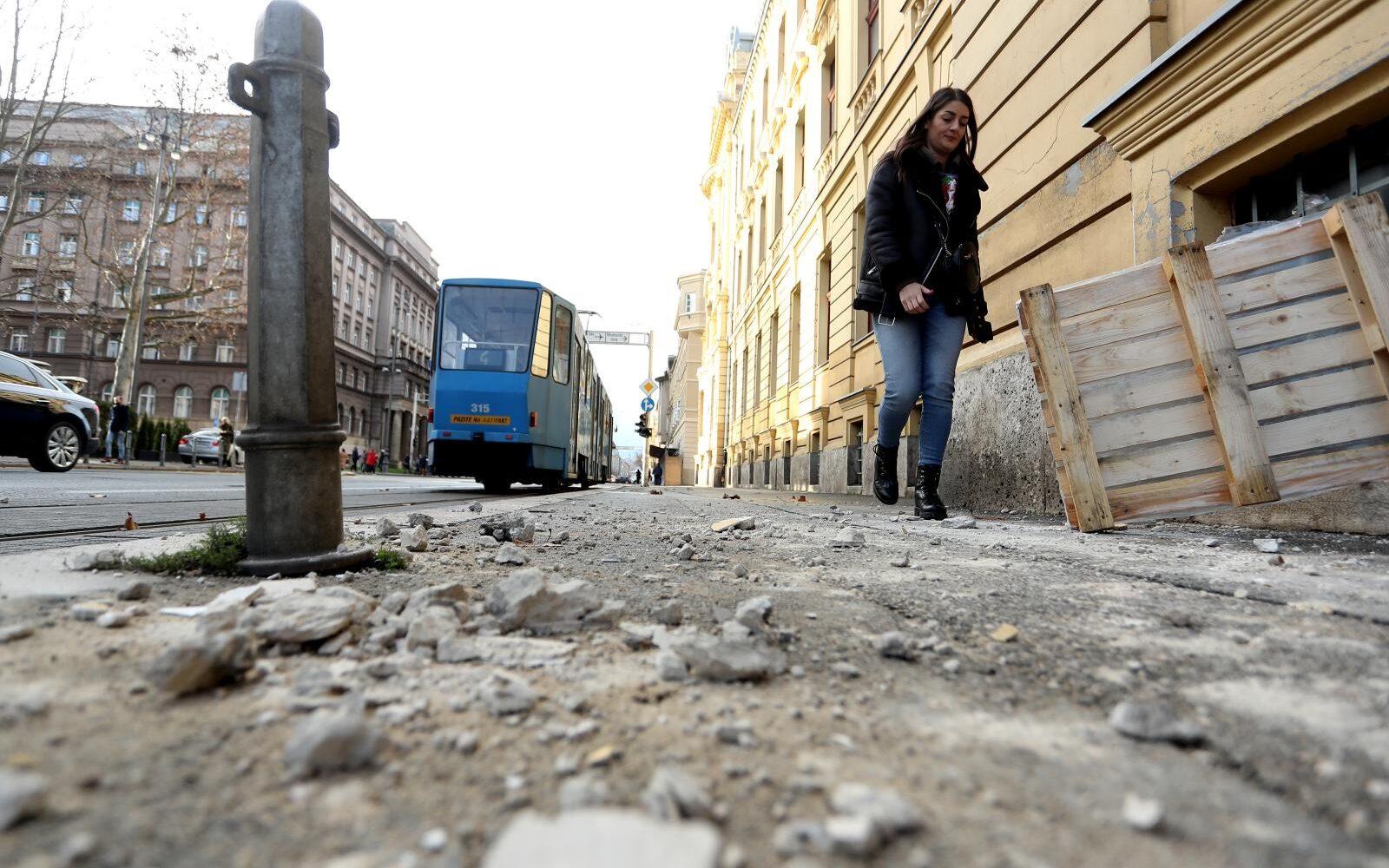 Foto I Zagreb Nastradao Od Potresa U Petrinji Poslovni Dnevnik